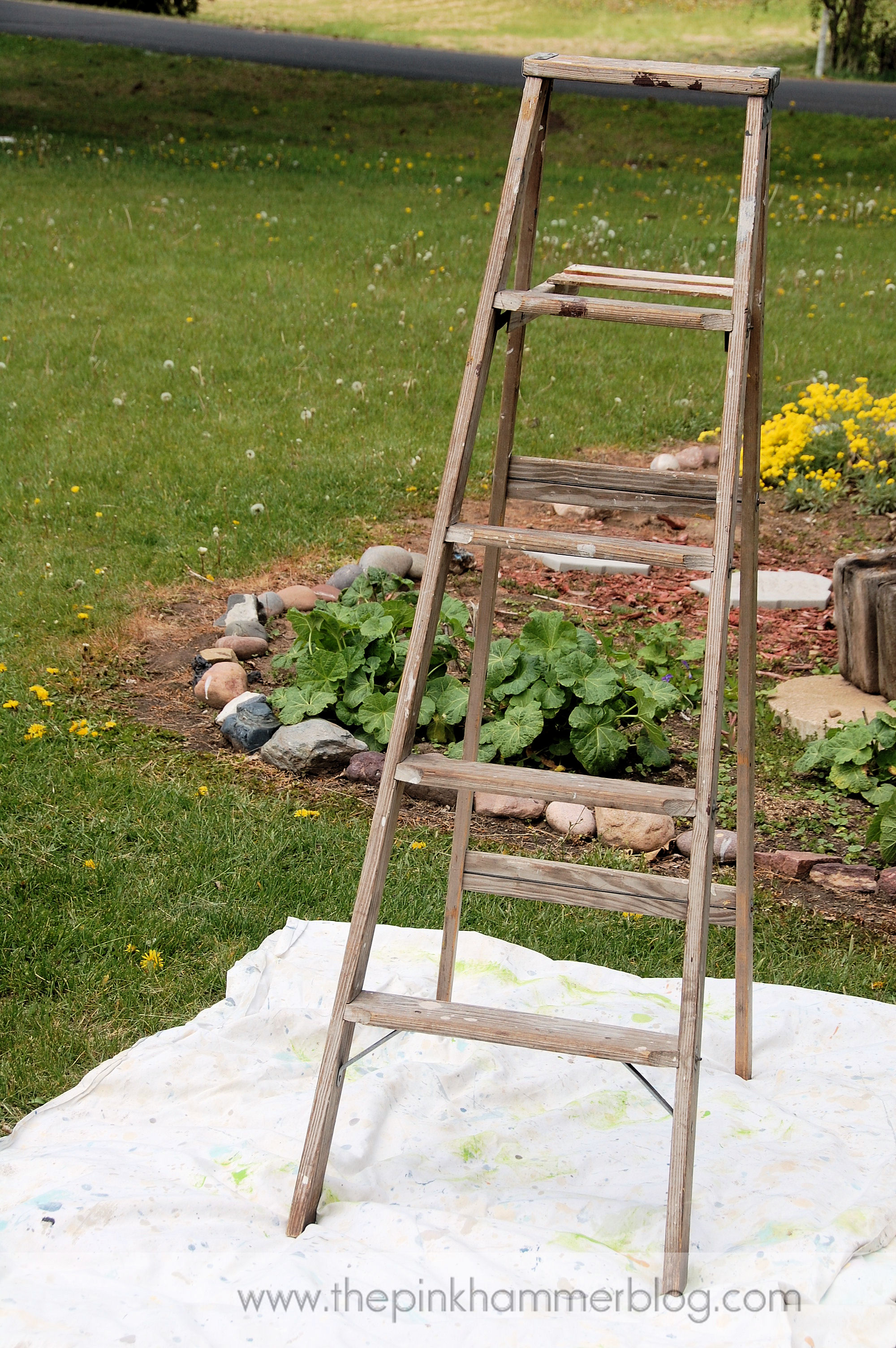 How To Turn An Old Ladder Into A Beautiful Plant Stand Simple Garden Diy The Pink Hammer Blog